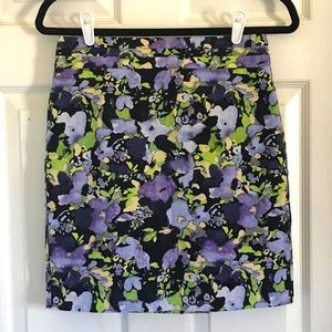 4/$10 Loft Lined Floral Skirt